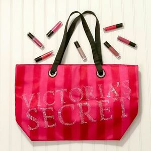 Victoria's Secret Tote Bag with free gift!